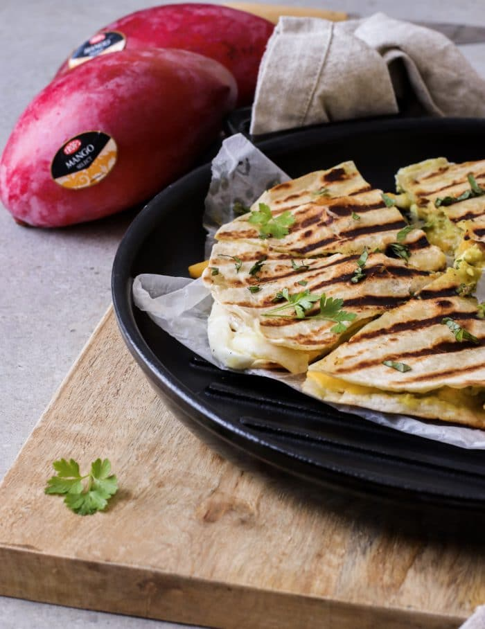 Quesadillas con mango